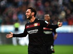 Hakan Çalhanoğlu beendete Leverkusens Elfmeterfluch