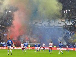 Die Partie gegen Darmstadt war für drei Minuten wegen Rauchs unterbrochen worden