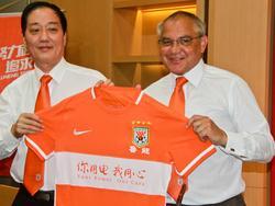 Felix Magath (r.) hat seine Trainer-Fähigkeiten in China bewiesen