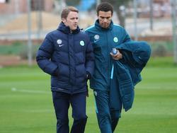 Der neue VfL-Sportvorstand Olaf Rebbe (l.) hat in Wolfsburg einiges bewegt