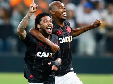 Otavio celebra un tanto con el Paranaense en el Brasileirao. (Foto: Getty)