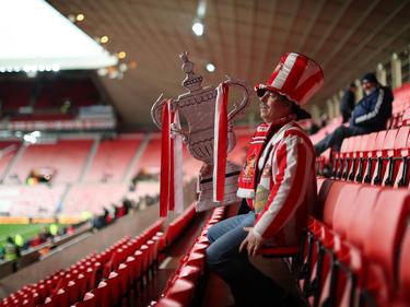 Ein Fan aus Sunderland hat sein Geschäft direkt auf der Tribüne verrichtet