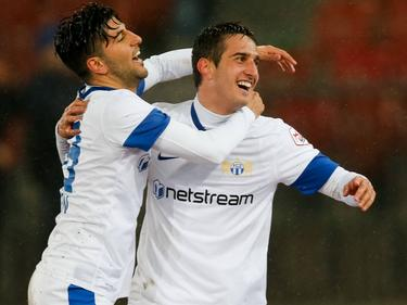 Avi Rikan und Mario Gavranovic bejubeln das Goldtor.