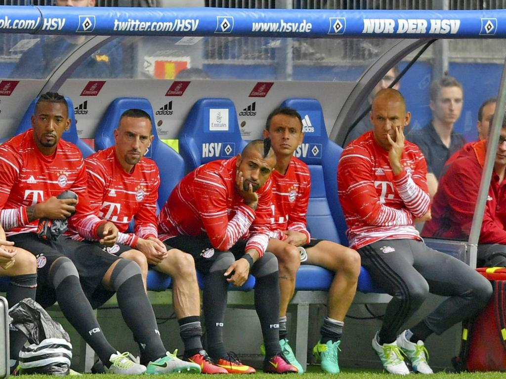 Gegen den HSV nur auf der Bank: Robben (r.)