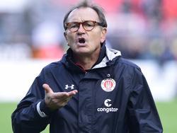 Ewald Lienen fordert von seinen Spielern mehr Kampfgeist