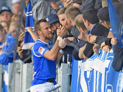 Kevin Großkreutz zeigt auch in Darmstadt die Nähe zu den Fans
