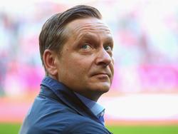 Horst Heldt hat sich bei Alex Zorniger entschuldigt