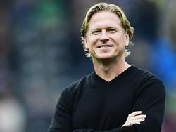 Markus Gisdol lächelt über die Torflaute des HSV