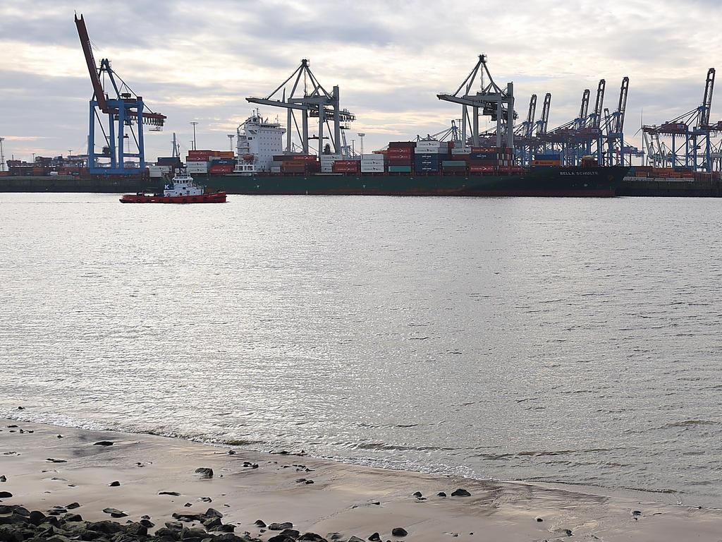 Die Polizei plant einen Tauchereinsatz in der Elbe