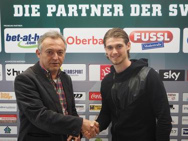 Dennis Chessa unterschrieb in Ried bis 2018