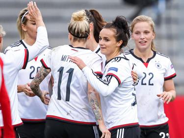 Ganz in Weiß fahren die DFB-Frauen zur EM