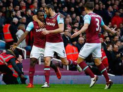 Michail Antonio (l.) und Andy Carroll trafen für West Ham United