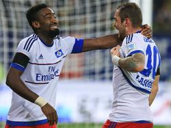 Johan Djourou (l.) wird von West Ham United umworben
