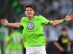 Mario Gomez ist fest vom direkten Klassenerhalt des VfL überzeugt