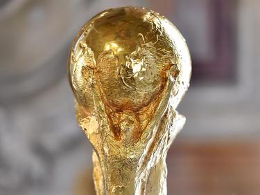 Detalle del trofeo que acredita como vencedor de la Copa del Mundo. (Foto: Getty)