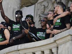 Hannover 96 und 50.000 Fans feiern den Aufstieg in die Bundesliga