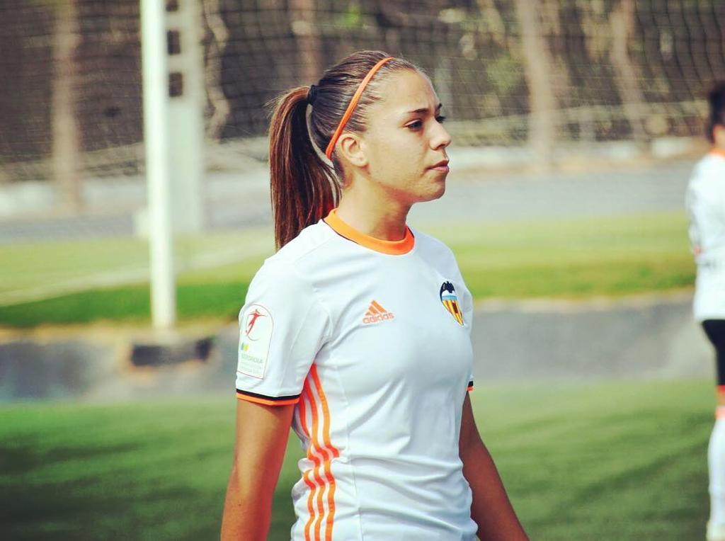 Paula Nicart - Spanien