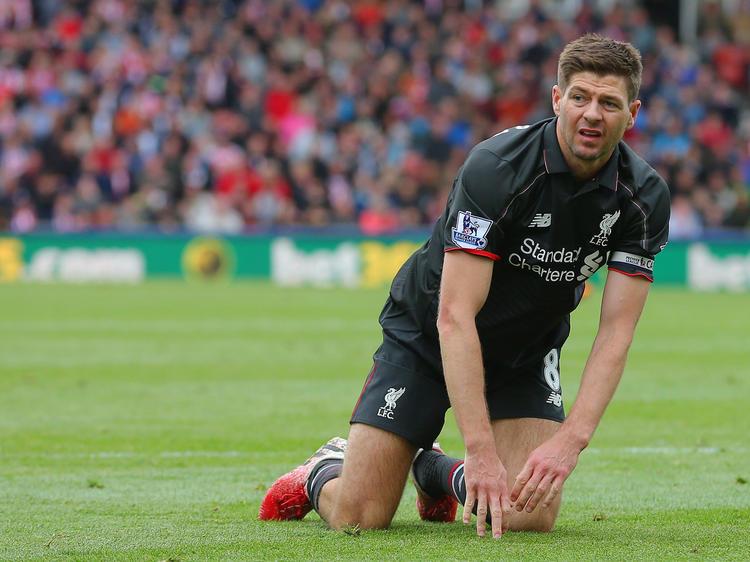 Liverpool verliert das letzte Spiel von Steven Gerrard in der Premier League bei Stoke mit 1:6. Es ist die höchste Pleite für die Reds-Legende in der höchsten englischen Spielklasse.