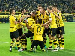 Jubel in Schwarz-Gelb: Dortmund fährt den vierten Bundesliga-Sieg ein.