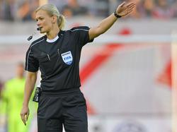 Bibiana Steinhaus pfeift die Pokal-Erstrundenpartie zwischen Chemnitz und dem FC Bayern