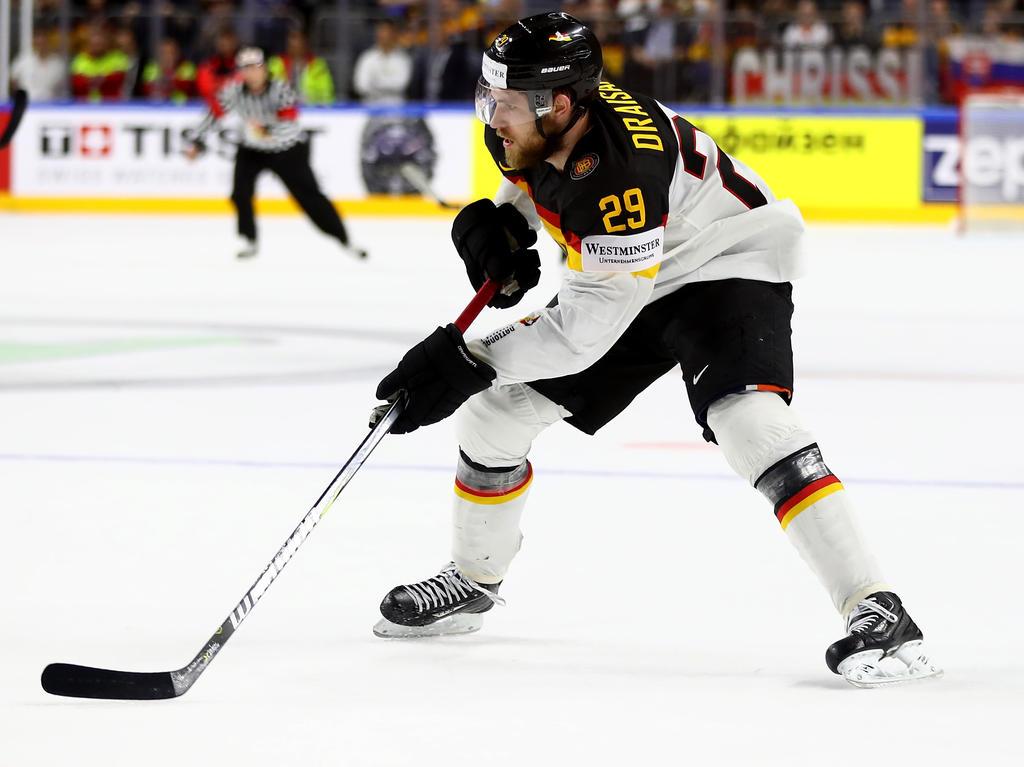 Deutschland gewinnt bei Eishockey-WM gegen Italien