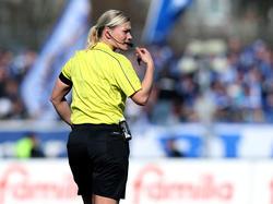 Bibiana Steinhaus será la primera árbitro de la Bundesliga (Foto: Getty)