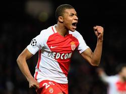 A Mbappé se empieza a comparar con Thierry Henry. (Foto: Getty)