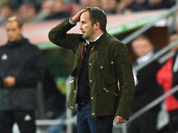 Augsburg-Coach Manuel Baum hat mehrere Planspiele im Kopf