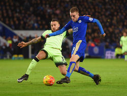 Kann Manchester City Toptorjäger Jamie Vardy (r.) stoppen?