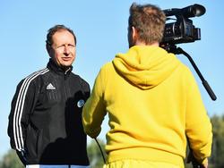 Hellmut Krug gab sich mit der Testphase des Video-Schiedsrichters sehr zufrieden