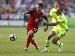 Christian Pulisic (l.) will mit den US-Boys zur WM