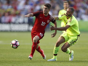 Christian Pulisic (l.) will mit den US-Boys zur WM