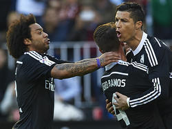 Marcelo, Ramos y Ronaldo celebran un tanto del luso. (Foto: Getty)