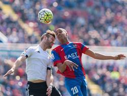 Mustafi (l.) hat mit Valencia das Derby gegen Levante verloren