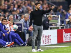 Schalke-Coach Tedesco freute sich über drei Punkte gegen den VfB