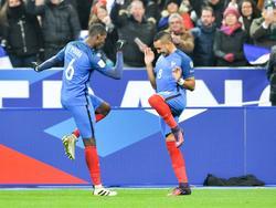 Pogba und Payet bejubeln die Führung der Franzosen
