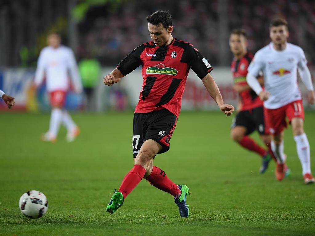 Nicolas Höfler hat seinen Vertrag in Freiburg vorzeitig verlängert