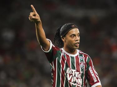 Ronaldinho läuft als Promi-Star für ein Spiel auf