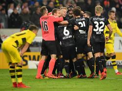 Zwei Welten: VfB Stuttgart jubelt - die Dortmunder sind enttäuscht