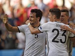 Mats Hummels und Mario Gomez stellten sich den Medien