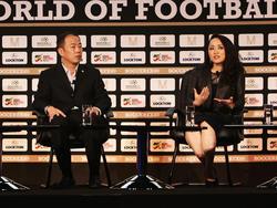 """Molly Li Mo (r.) warnte chinesische Investoren auf der """"Soccerex"""" in Manchester"""