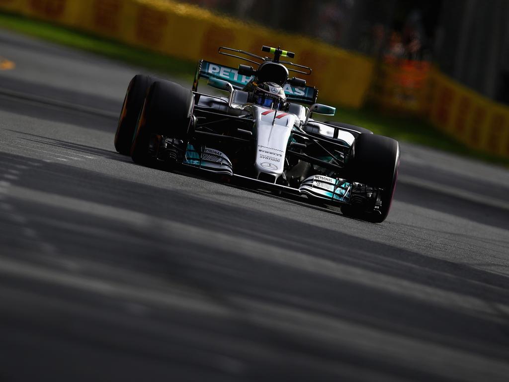 Valtteri Bottas beendete den ersten Tag für Mercedes auf Rang drei