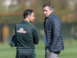 Baumann (r.) glaubt, dass Nouri Werder-Coach bleibt