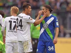 Spielen sie bald zusammen bei den Gunners? Granit Xhaka (M.) und Ricardo Rodriguez