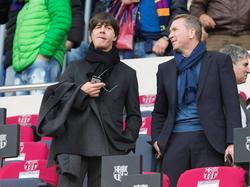 Bundestrainer Löw (l.) schaute sich den Clásico an