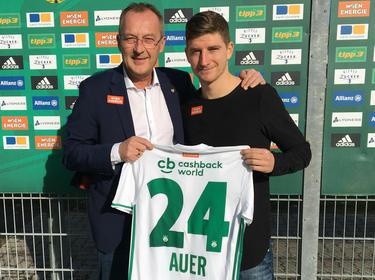 Stephan Auer bleibt ein Rapidler