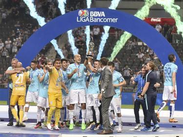 Los jugadores de Pachuca celebran el campeonato de su país. (Foto: Imago)