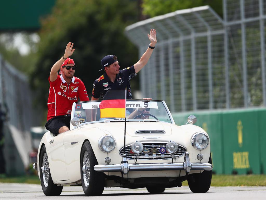 Vettel schleppt Verstappen ab