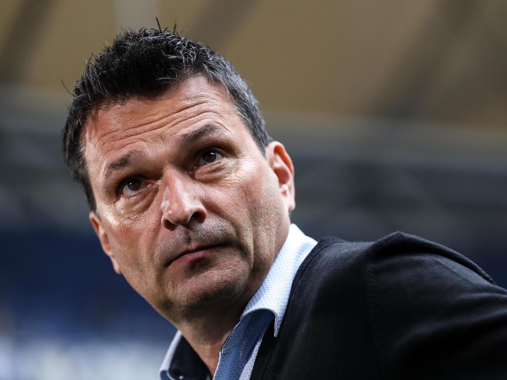 Manager Christian Heidel bastelt am Schalker Kader