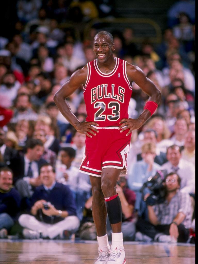 Gott verkleidet als Michael Jordan